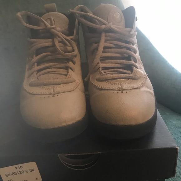 pretty nice 49242 6b352 Boys grey Jordan's